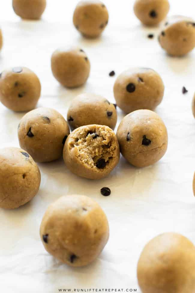 These easy to make protein bites are made from just 6 basic ingredients and taste just like cookie dough. Perfect on-the-go or pre-workout snack!