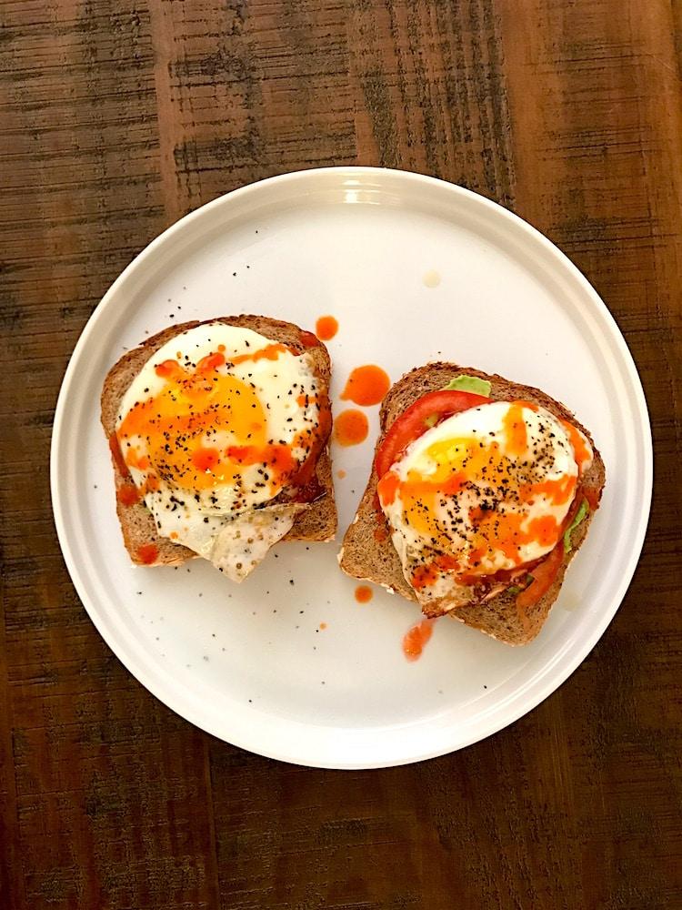 avocado-egg-toast