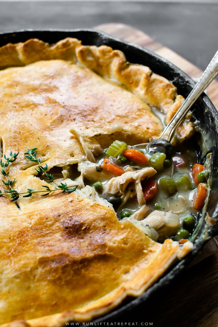 It's a 1 pan pot pie! This easy recipe is a family favorite for using up leftover chicken or Thanksgiving turkey from the refrigerator! Find the recipe at runlifteatrepeat.com. #dinner #leftovers #turkey #recipes #easy