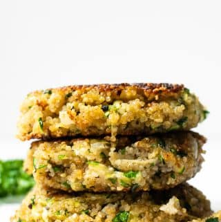 These simple crispy quinoa patties are so versatile and a great meatless options that even meat eaters will love! Make them at the beginning of the week to enjoy for lunches or dinner!