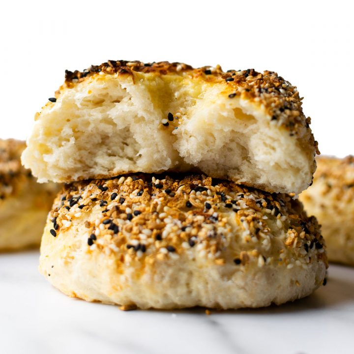 This easy homemade bagels recipe proves that you can make deliciously chewy bagels without yeast at home with only a few basic ingredients. You can have fresh bagels any day of the week with this easy recipe!
